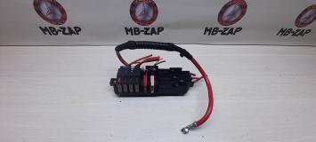 Блок силовых предохранителей Mercedes W211 2115452401