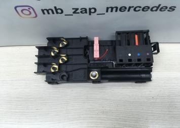 Блок предохранителей Mercedes W219 2115452301