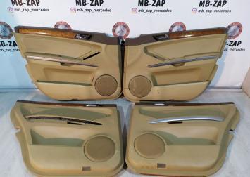Комплект дверных карт Mercedes X164 1647200362 1647300770