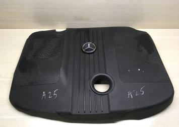 Крышка мотора Mercedes ом651  A6510102167
