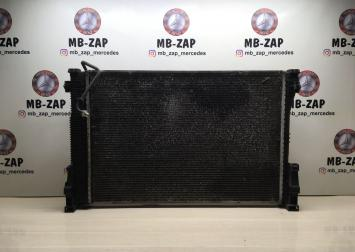 Радиатор основной Mercedes W212  A2045003603