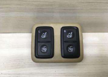 Кнопки третьего ряда сидений на Мерседес W164 X164  A1648706810