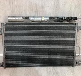 Радиатор кондиционера Mercedes W203 2035000854 2035000854