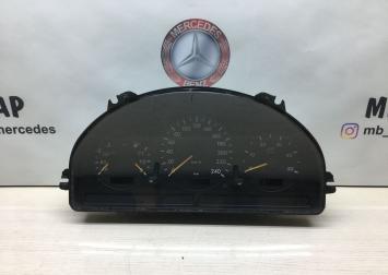 Панель приборов Mercedes W163 1635405811