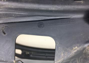 Водосток Mercedes W164 1646931033