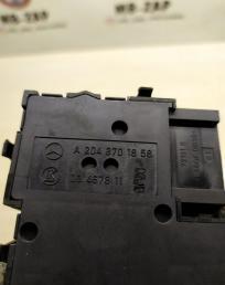 Блок регулировки положения сидений Mercedes W212  А2048701858 А2048701858