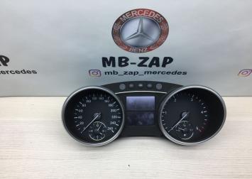 Панель приборов Mercedes X164 1645408947