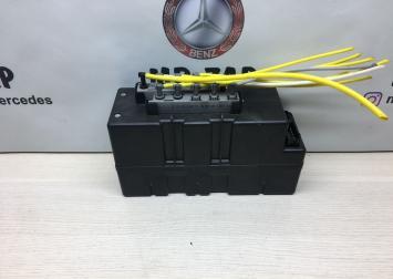 Компрессор центрального замка Mercedes W220 2208000648