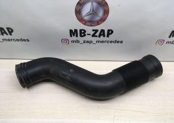 Патрубки воздушные Mercedes M273  1645051461