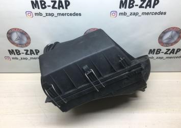 Корпус воздушного фильтра Mercedes W210 1120940104