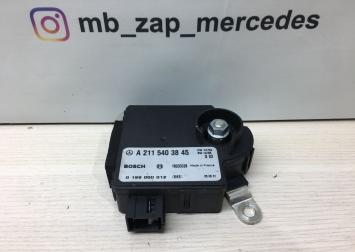 Блок управления аккумулятора Mercedes W211 2115403845