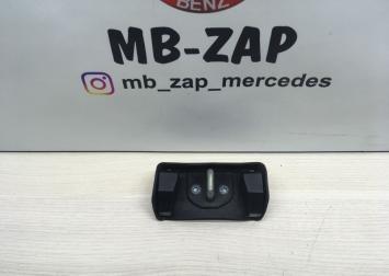 Ответная часть замка багажника Mercedes W203 2036980017