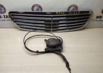 Решетка радиатора Дистроник Mercedes W220 0005408817 2208800483