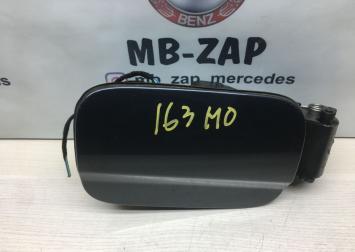 Лючок бензобака Mercedes W204 2047500103