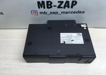 CD чейнджер Mercedes W215 2208274642