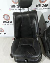 Передние сидения Mercedes W220 2209102647