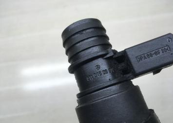 Патрубок сепаратора маслянного Mercedes Om613 6130160081