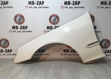 Крыло переднее левое Mercedes W220 2208800318