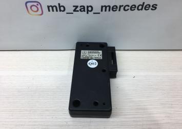 Блок управления телефоном Mercedes 2038202585