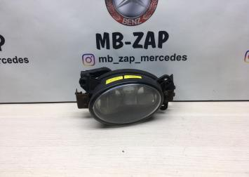 Фара противотуманная Mercedes 0305077002