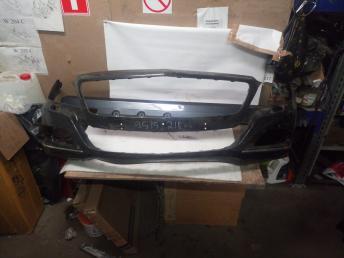 Mercedes W 218 бампер передний штат