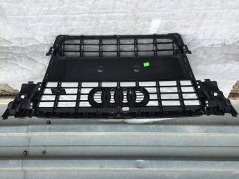 Ауди а4 в8 Решетка радиатора с4