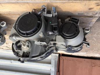 Мерседес ЦЛК w208 Mercedes 208 фара ксенон