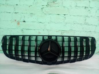 Решетка радиатора Мерседес W 253 GT line черная