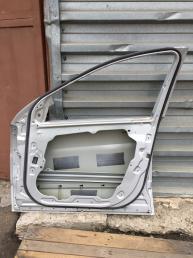 Мерседес R 251 W251  Дверь передняя правая