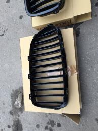 БМВ 5 Ф10 BMW F10 решетка радиатора черная