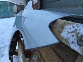 Мерседес 246 w246 Крыло переднее  правое