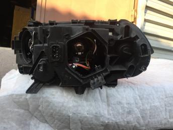 BMW Бмв х3 е83 X3 E83  фара передняя правя