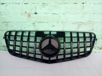 Решетка радиатора MERCEDES E 212 GT LINE 09-13 чер