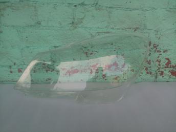 Мерседес W 204 стекло фары рестайлинг левый