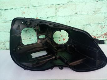Мерседес W 212 рестайлинг корпус фары такси правый