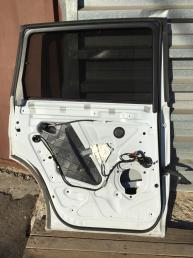 Ауди Audi Q7 ку 7 4L Дверь задняя левая