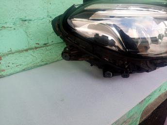 Фара правая Mercedes W292 GLE диодная LED ЛЭД